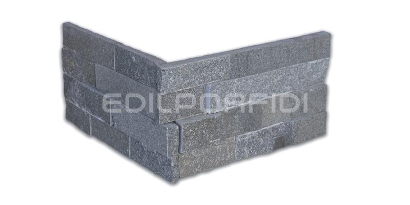 pareti in pietra