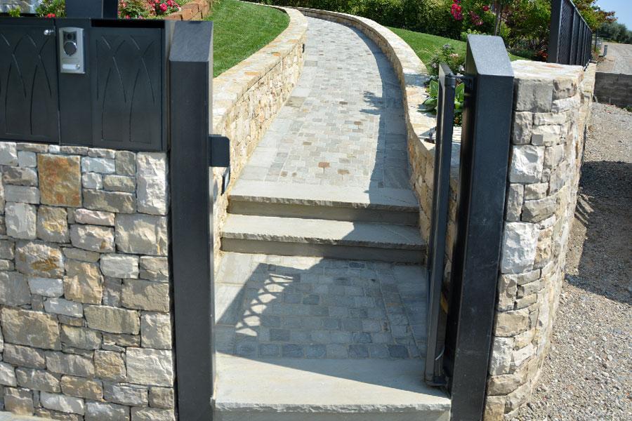 Pavimento esterno pietra naturale1 edilporfidi - Pavimento pietra esterno ...